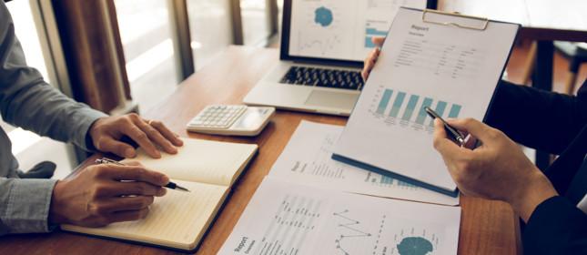 Hands planning finances